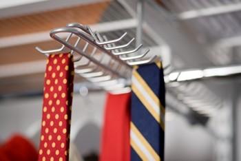 Выдвижная вешалка для галстуков для полки Decor, Elfa® - фото